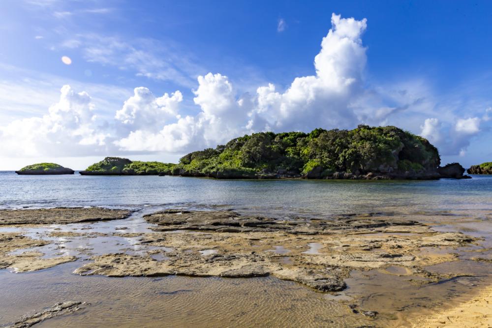 西表島の星砂の浜は星砂がなくても美しい。