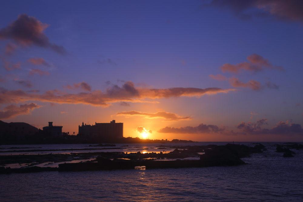 千葉星空スポット、野島崎灯台で鮮やかな朝焼け、日の出を見てきた。(2018.9.8)