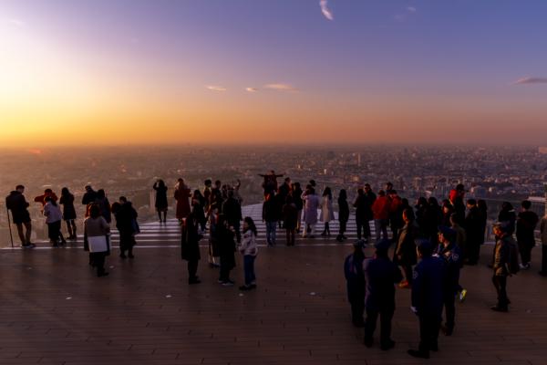 東京の新夕焼けスポット、渋谷スクランブルスクエア屋上展望台(230m)の絶景を紹介。