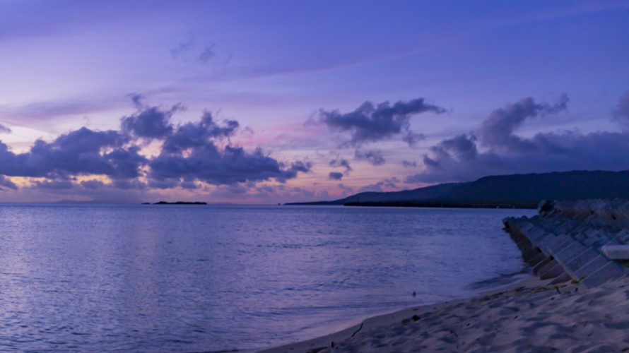 西表島上原港からアクセス抜群の日の出スポット「まるまビーチ」。